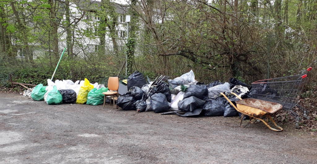 Les déchets ramassés, qui seront portés en déchetterie lundi par les services techniques